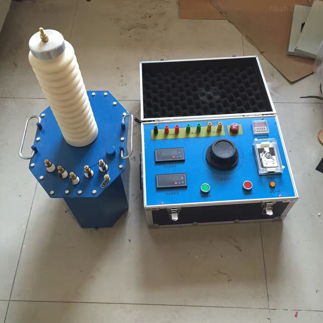 便携交直流两用工频耐压试验装置