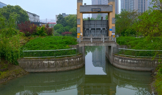 首创环保集团投资中山市未达标水体综合整治工程EPC+O