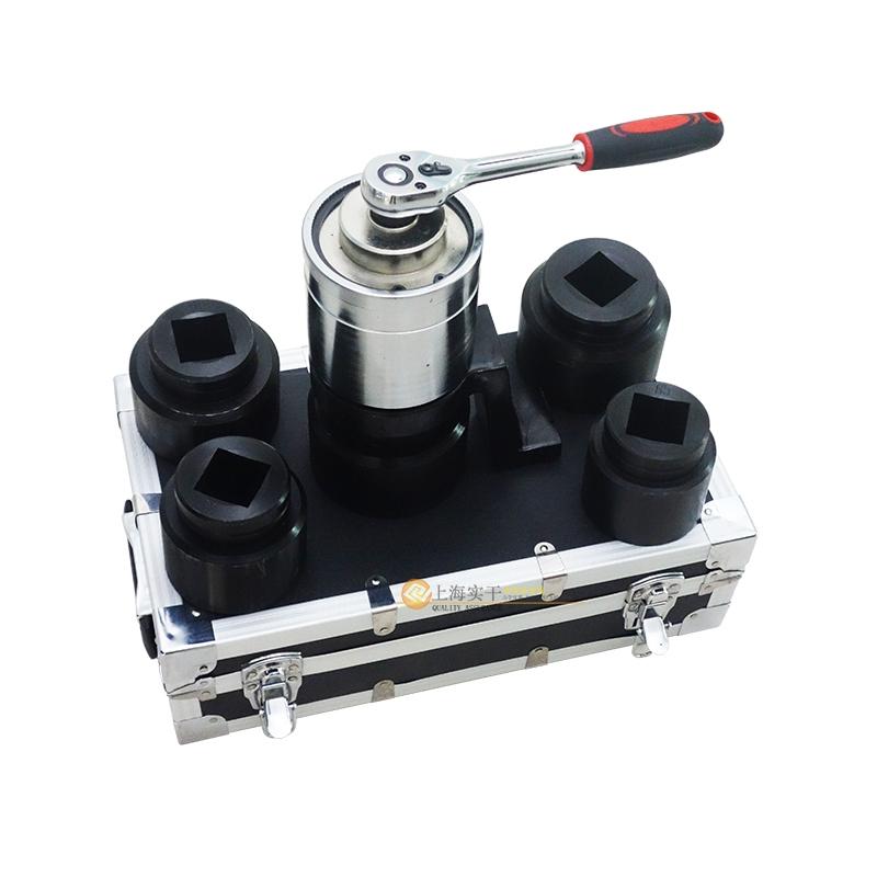 紧固M85螺母的手动省力工具